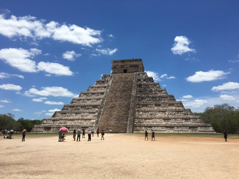 large_Chichen_Itza_-_1.jpg