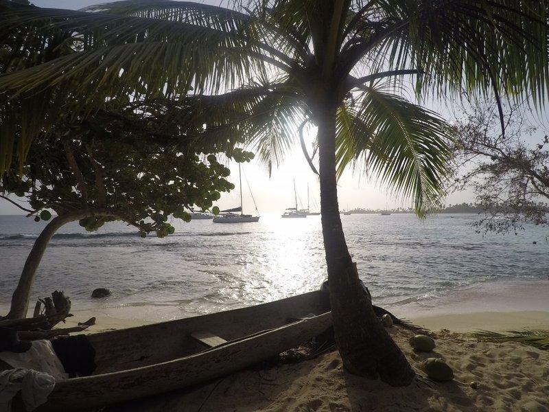 large_Island_Photo.jpg