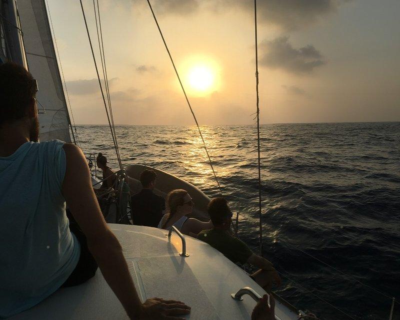 large_Sailing_Sunset_Photo.jpg