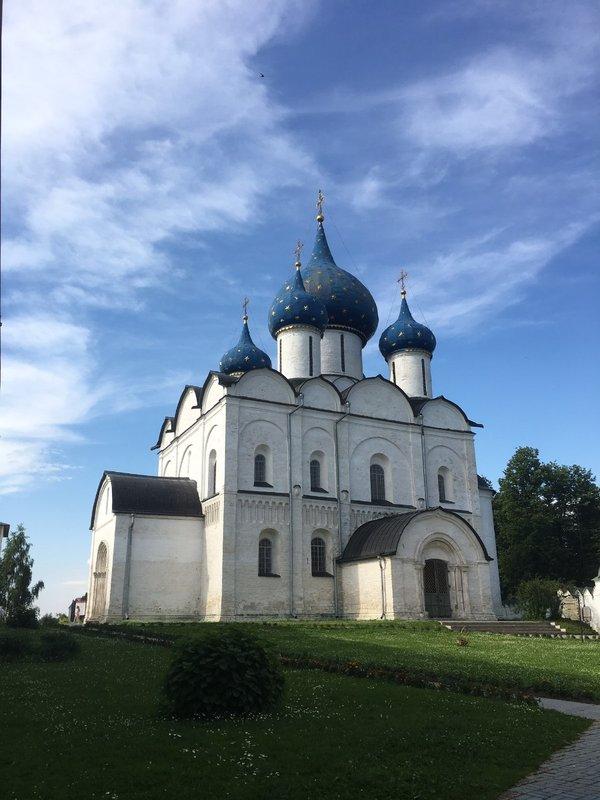 large_Suzdal_Church_1.jpg