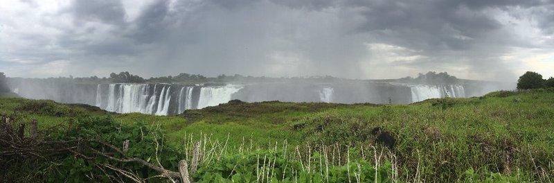 large_Zimbabwe_-.._-_Panorama.jpg