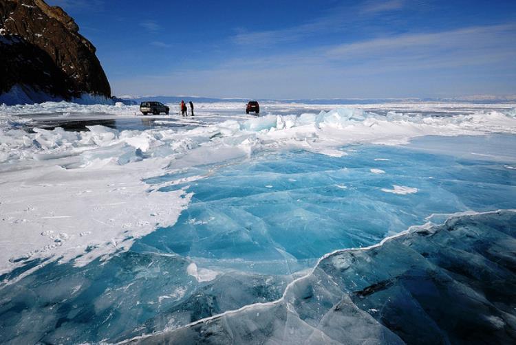 large_lake-baikal-frozen.jpg