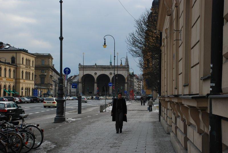 Odeonsplatz (visible!)