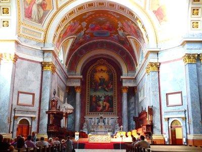 Größte Altarbild der Welt in Esztergom