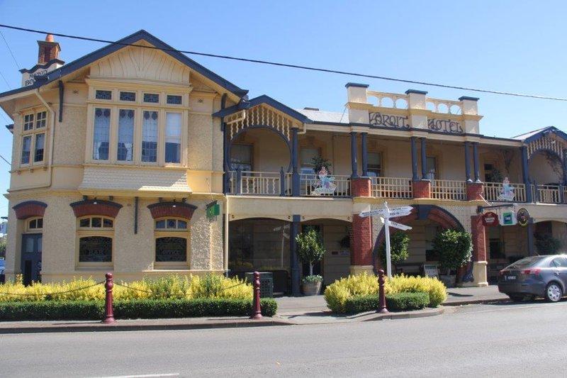 Irish hotel in Koroit