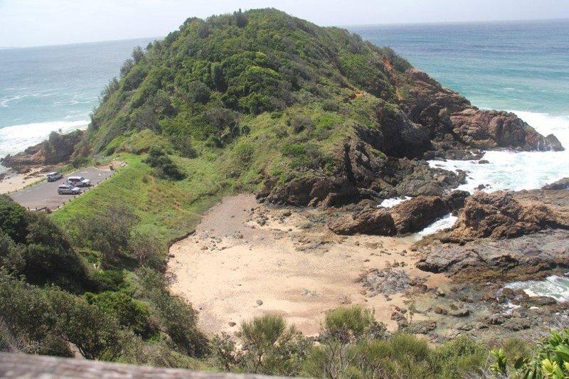 Peninsula with bush walks along one of the beaches