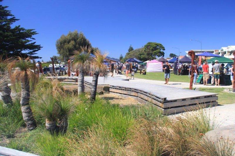 Saturday markets at Apollo Bay