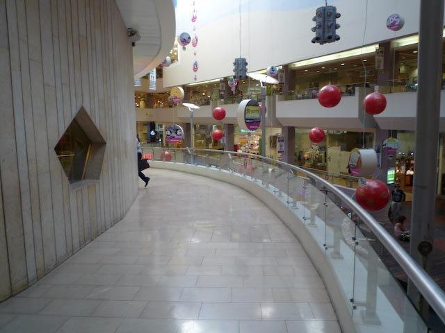 Dizengof Center
