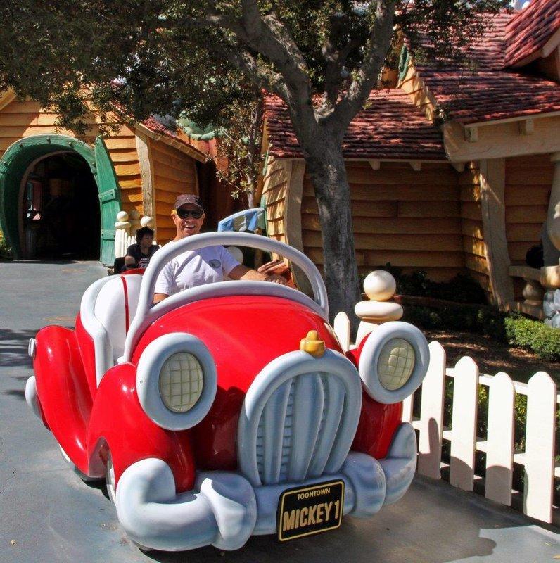 large_Disneyland..y_and_chuck.jpg