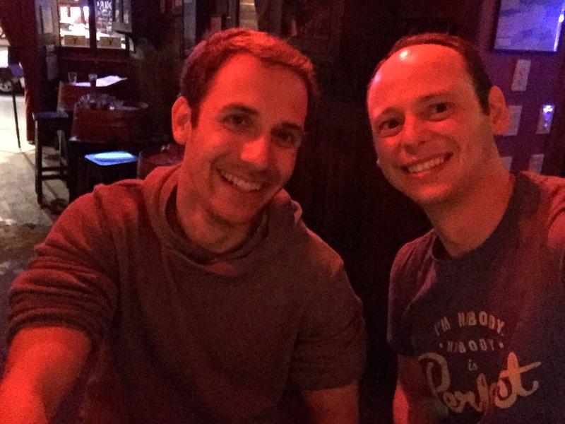 Jens und ich in der Gay Bar :)