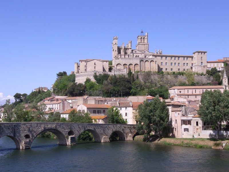beziers cathedral 2012 b ziers france travellerspoint travel photography. Black Bedroom Furniture Sets. Home Design Ideas