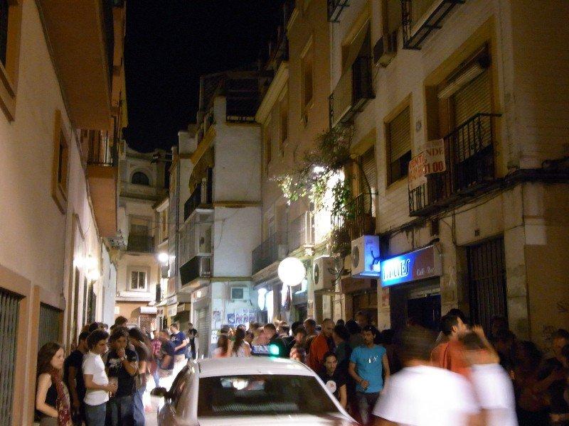 Sevilla - Alfalfa at night 2009