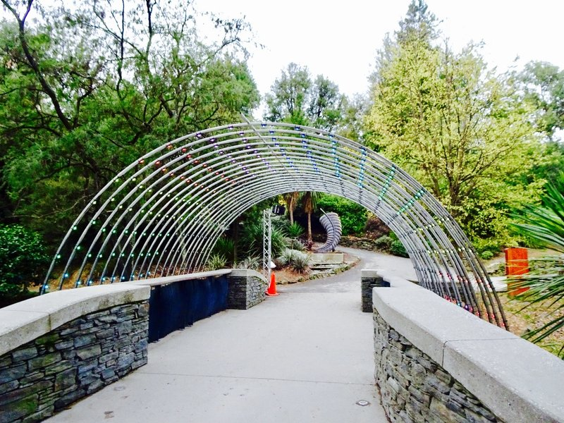 The Queenstown Gardens are located on a small peninsula on the shoreline of Lake Wakatipu. This entrance sits close to center of Queenstown CBD.