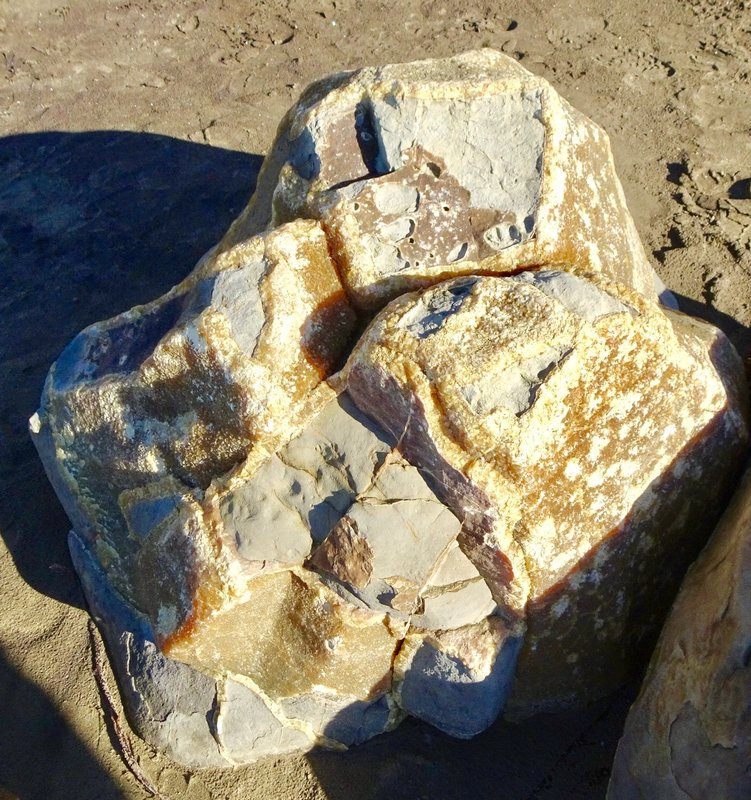 In case you ever wondered what a Moeraki boulder looks like inside, this is it!