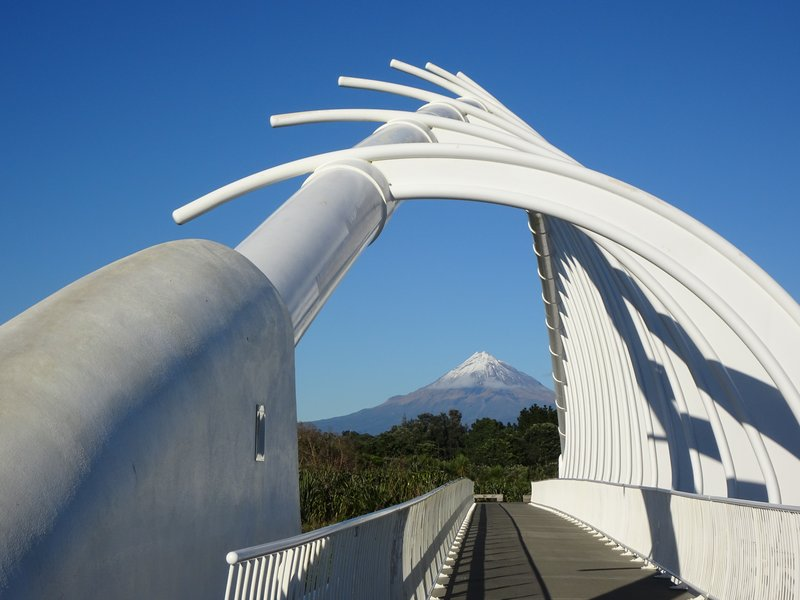 The Te Rewa Rewa Bridge spans the Waiwhakaiho River; it was opened in 2010 to further extend the New Plymouth Coastal Walkway. It was positioned to frame Mt Taranaki, which is a sacred mountain to the Maori.