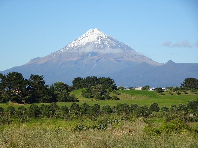 """The conical shaped Mt Teranaki is about 30 miles from New Plymouth. Yes, it looks like Mt. Fuji; I read that it has been used as a """"double"""" in at least one movie.."""