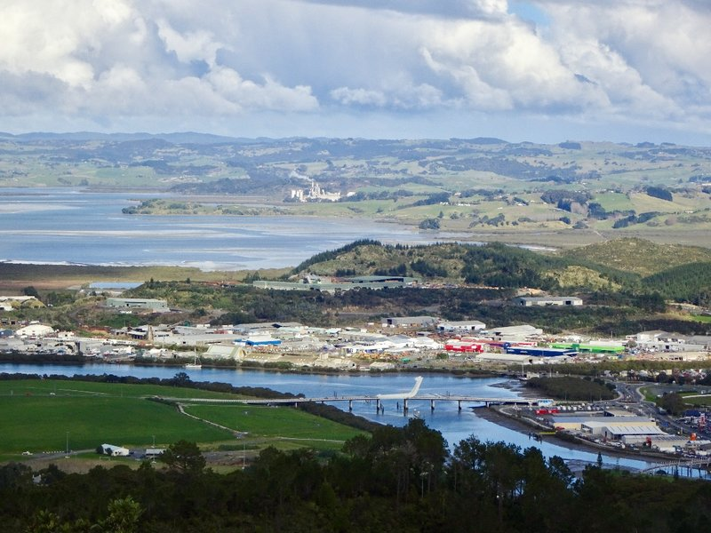 Mt. Parihaka sits on the northeast side of Whangrei. This view shows part of the town basin and the Whangarei Harbor. From this view, I think the Matau ā Pohe Bridge resembles a plane landing on the river, more than the two fish hooks it is supposed to represent,