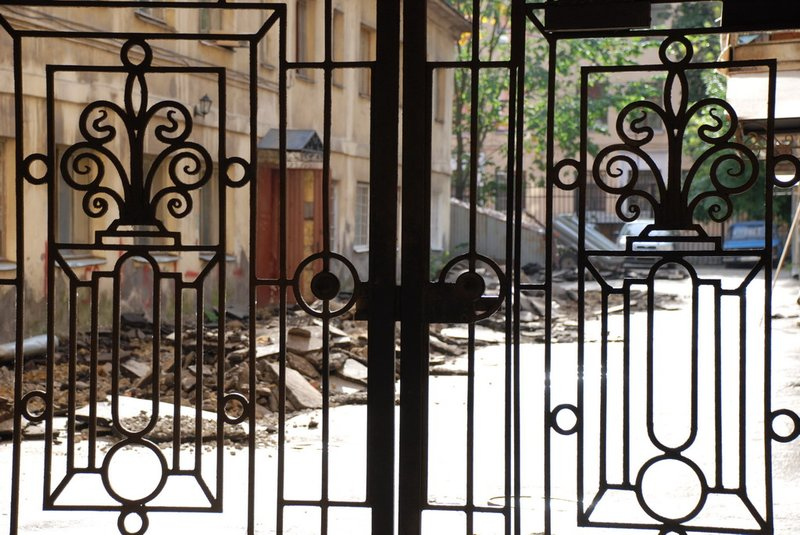 St.Petersburg - Gate