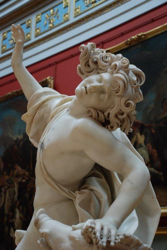 St.Petersburg (Hermitage) - Statue