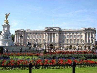 Buckingham_Palace2.jpg