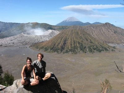 Indonesia_..lcanoes.jpg