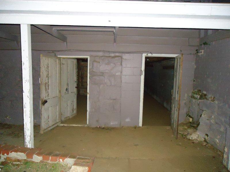 Inside Hoffman Mansion, Ghost Tour, Gettysburg, Pennsylvania