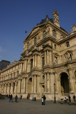 Louvre__Paris.jpg