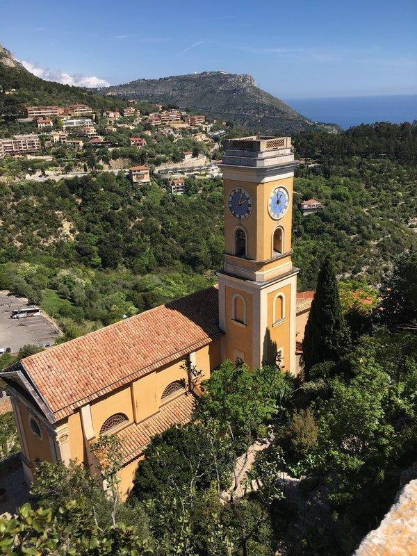 Eglise Church