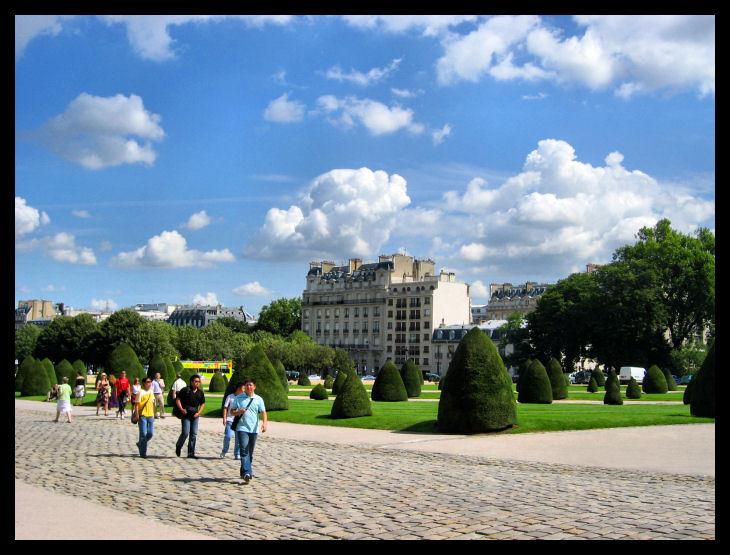 Paris, by Napoleon's Tomb