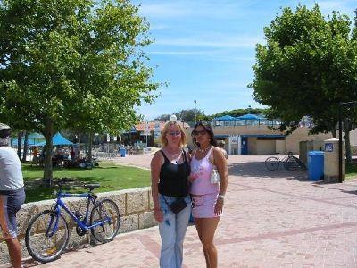 102231571838996-Perth_Hillar..lloo_Beach.jpg