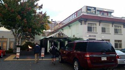 20_Vancouv..sland_Hotel.jpg