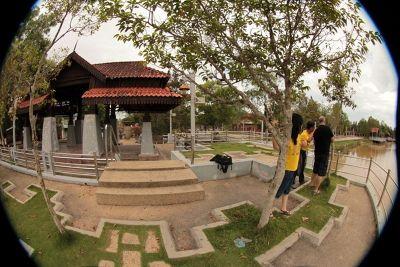 307777006564557-DaHongHuas_f..ang_Penang.jpg