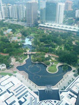 32759504907042-Skybridge_Tw..ala_Lumpur.jpg