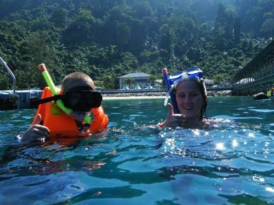 4910773-Snorkling_Pulau_Tioman_Pulau_Tioman.jpg