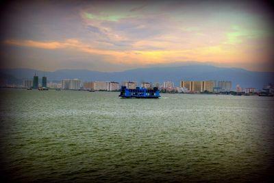 558124976564565-DaHongHua_ta..lan_Penang.jpg