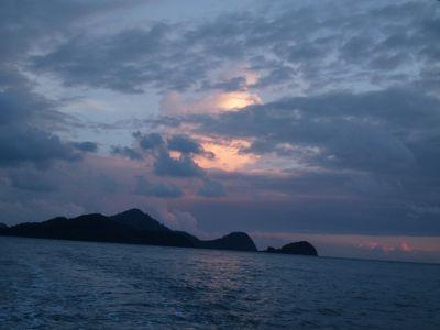 6279191-Sunset_Cruising_Pulau_Langkawi.jpg