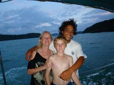 6279193-Sunset_Cruising_Pulau_Langkawi.jpg