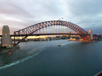 7714791-Sydney_Harbour_Bridge_By_Aussirose.jpg