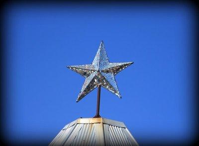 Leederille_-_Mosaic_Star.jpg