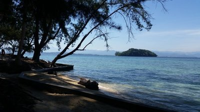 Malaysia_-_Manukan_Beach.jpg