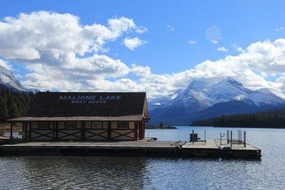 Malign_Lake_2.jpg