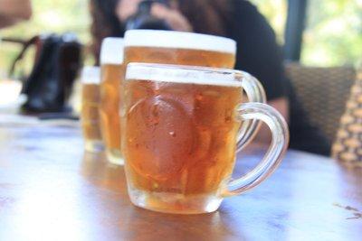 Picture_of..aten_Tavern.jpg