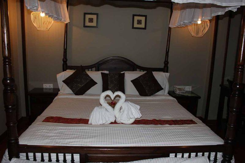 Anggun Boutique Hotel KL Swan Bed Towel decoration - Kuala Lumpur