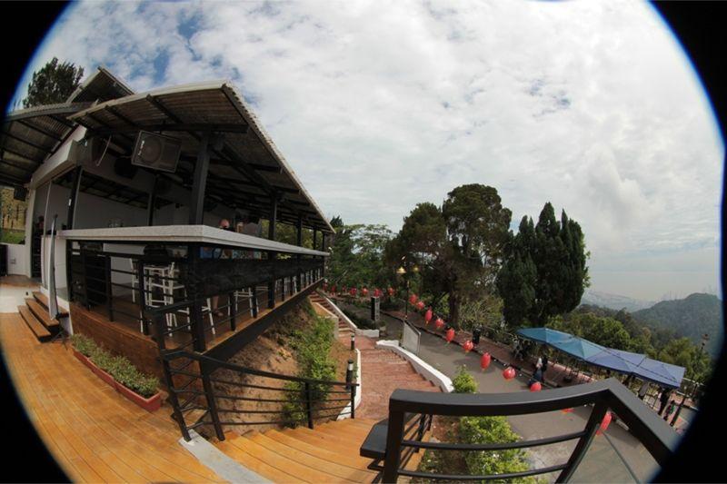 Penang Hill Canon 60D and Fisheye by aussirose