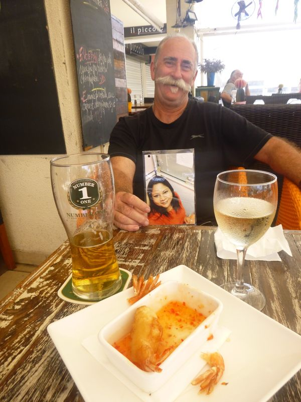 VA Treshi with Howie in Noumea, 2016 VT Cruise - Nouméa
