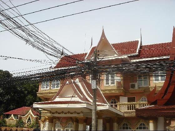 Koh Samui Wires
