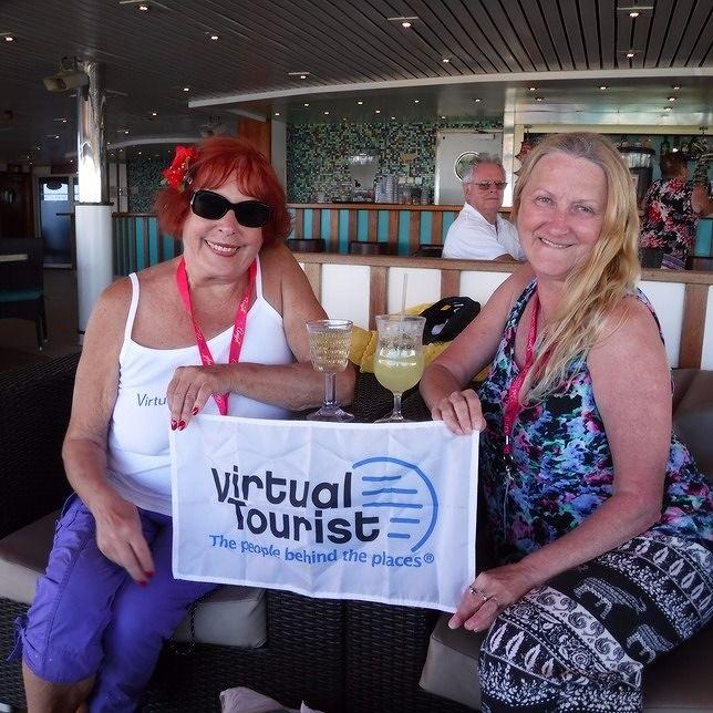 TheTravelSlut and aussirose on Big VT Cruise 2016 - Sydney