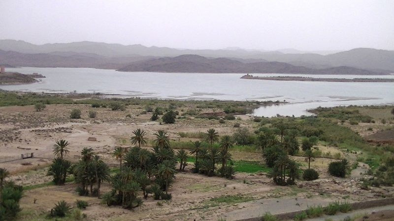 aussirose and Howie visit Lake Ouarzazate - Morocco