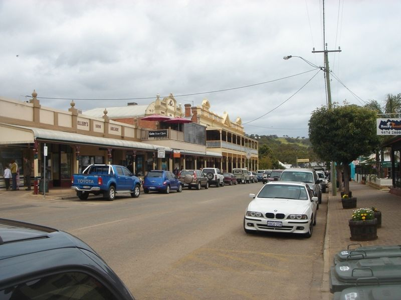 Streets of Toodyay and some Countryside