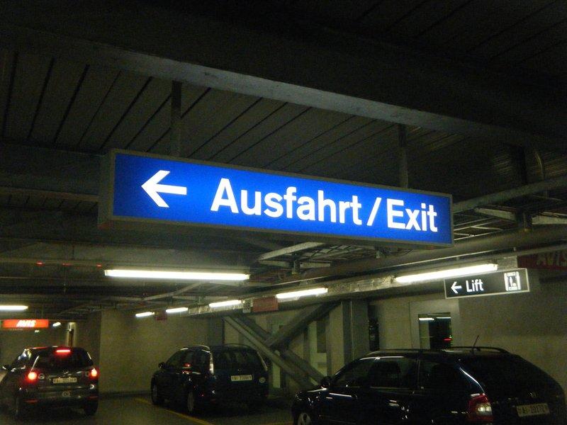 Zurich Airport Ausfahrt